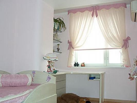Покупаем шторы в детскую комнату